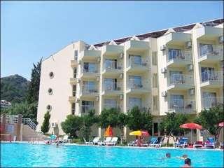 отель Caprice Beach 4*